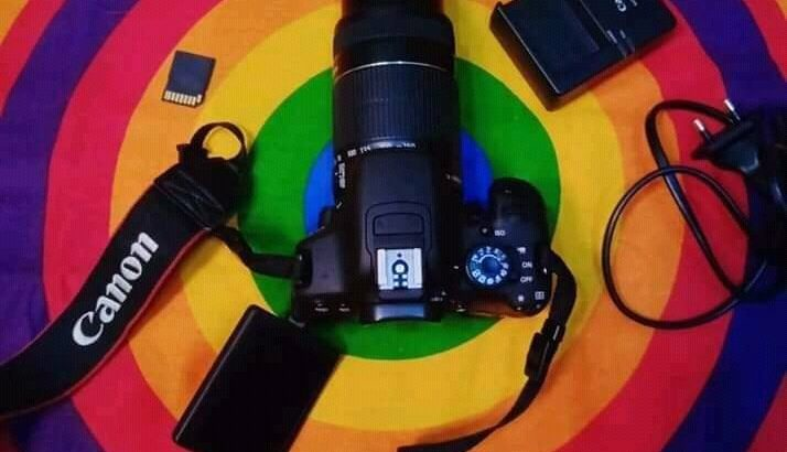 Canon 700D DSLR WITH 55-250mm Zoom Lens With Hood