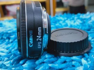 Canon 24mm STM (New condition)